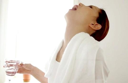Як лікувати хворе горло при вагітності