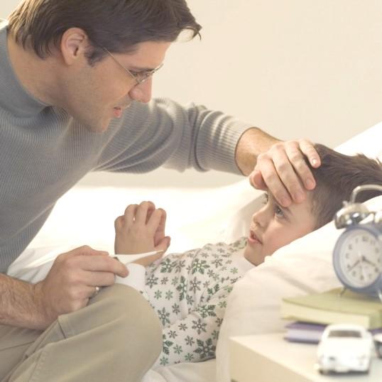 Як лікувати блювоту і пронос у дитини