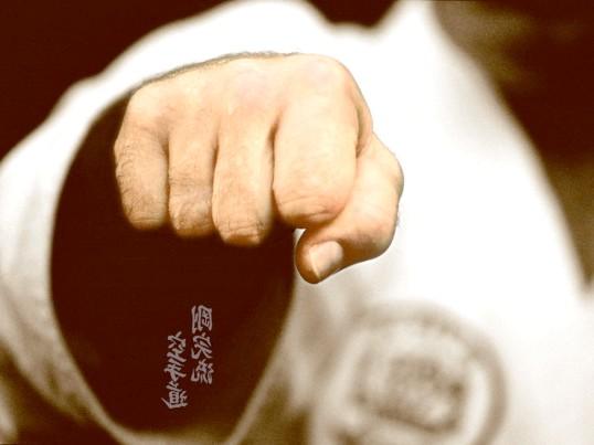Як накачати кулак