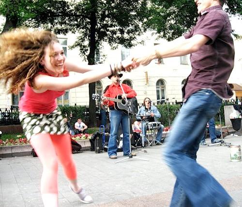 Як навчитися танцювати рок-н-рол