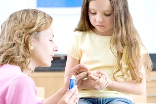Як обробити рану дитині