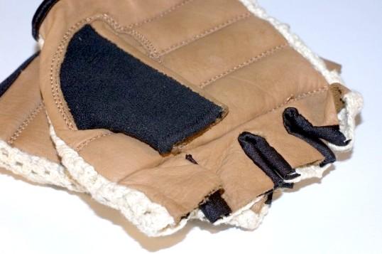 Як обрізати пальці на рукавичках