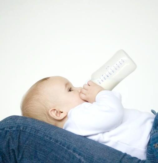 Як розігрівати грудне молоко