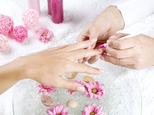 Як зробити довше короткі нігті