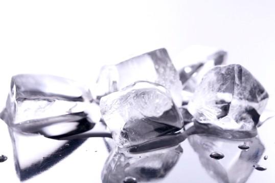Як зробити формочки з льоду