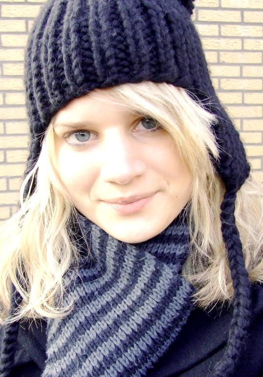 Як зв'язати жіночу зимову шапку