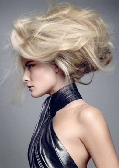 Як укладати волосся стайлером