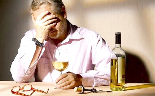 Як позбутися від алкогольної залежності народними засобами
