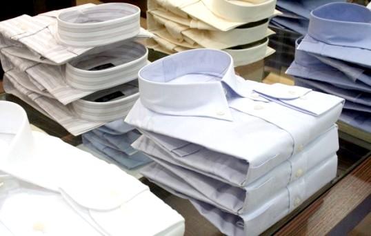 Як складати чоловічі сорочки