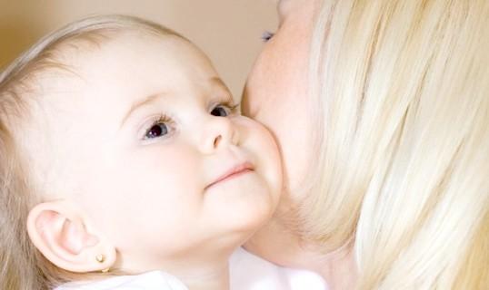 Як давати кашу немовлятам