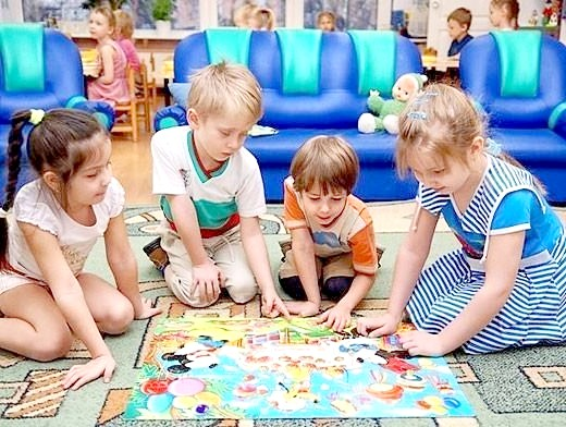 Як грати з дітьми в садку