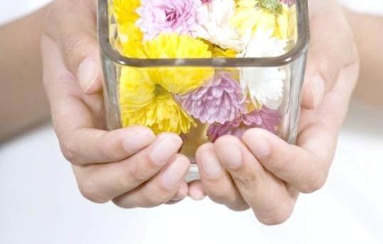 Як відновити натуральні нігті після нарощування