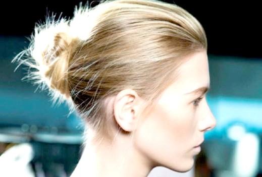 Як заколоти волосся в зачісці