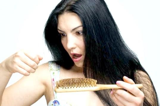 Як відновити волосся після випадання