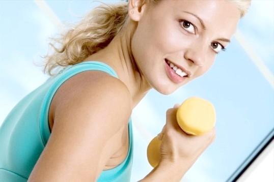 Як виконувати вправи з гантелями