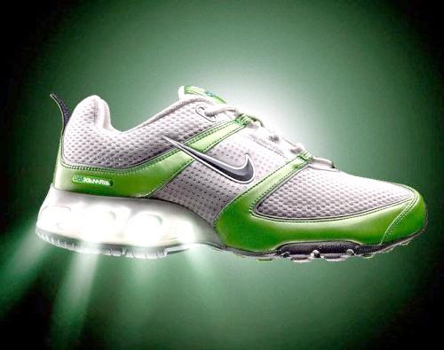Як чистити кросівки