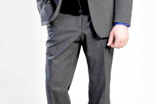 Як визначити розмір чоловічих брюк