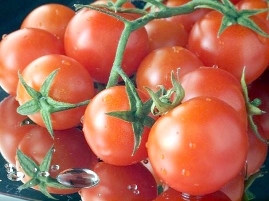 Як зробити в'ялені помідори