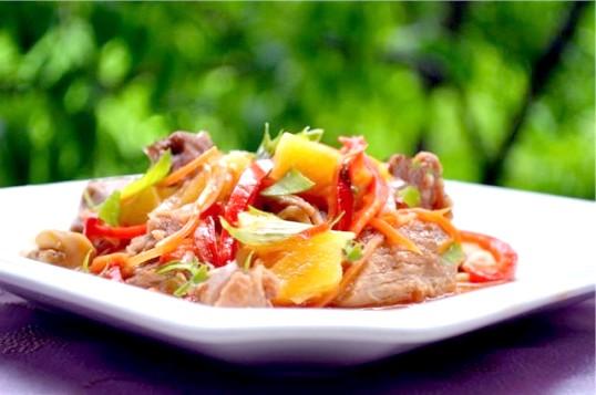 Як готувати м'ясо з овочами