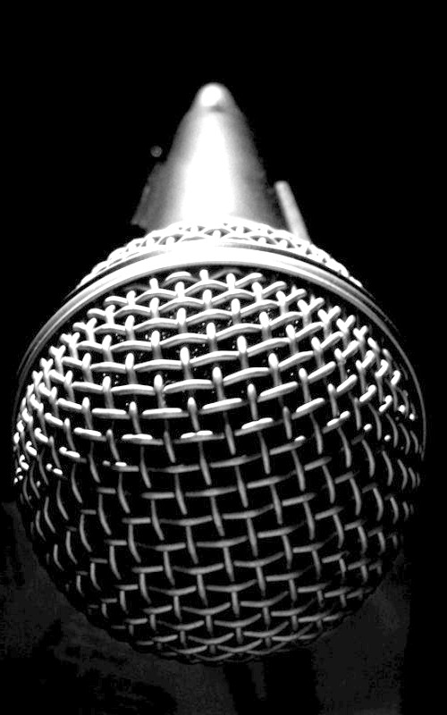 Як говорити смішним голосом