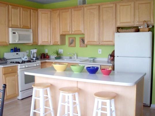 Як кріпити кухонну стільницю