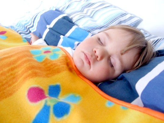 Як лікувати нічний кашель у дітей