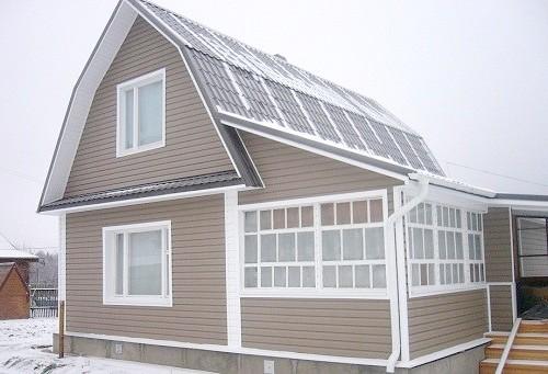 Як облицювати будинок сайдингом