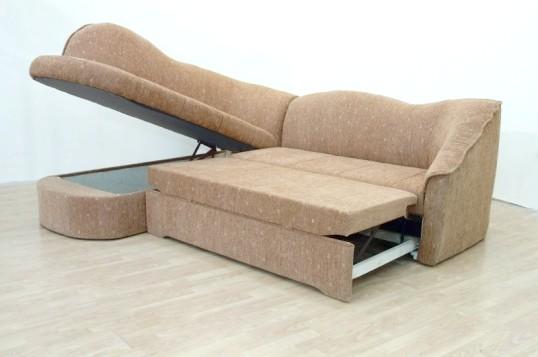 Як обшити м'які меблі