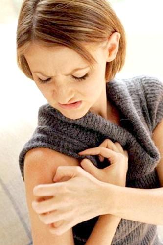 Як визначити алергічне висипання на шкірі
