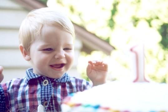 Як відзначити день народження однорічної дитини