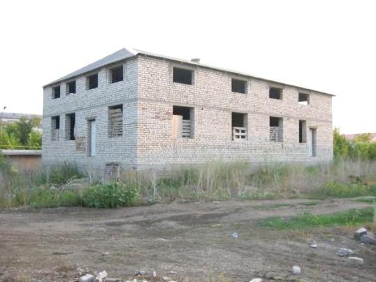 Як продавати недобудований будинок