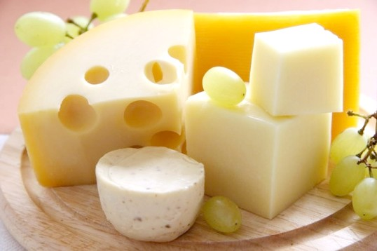 Як зробити твердий сир в домашніх умовах