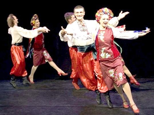 Як танцювати російські народні танці