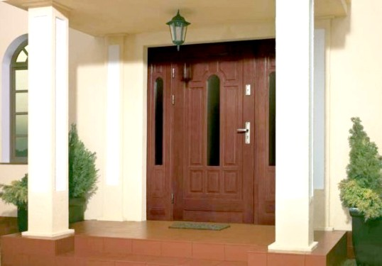Як встановити добір для вхідних дверей