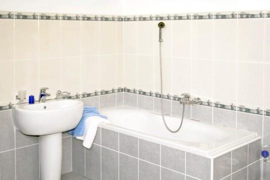 Як відремонтувати емаль ванн
